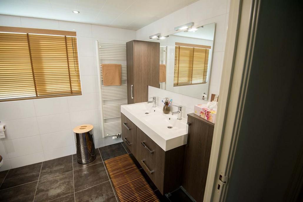 badkamer vernieuwen met een inloopdouche in ede schouten