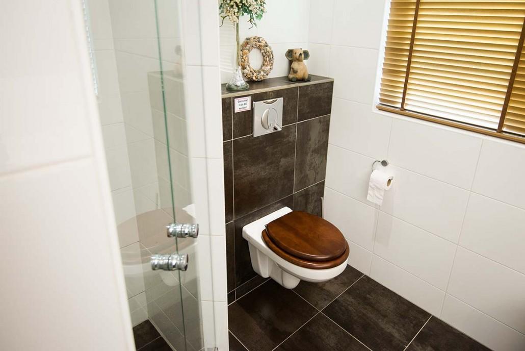 Badkamer vernieuwen met een inloopdouche in ede schouten kleinbouw ede - Winkelruimte met een badkamer ...
